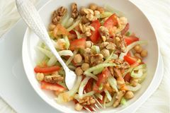 Fenchel-Walnuss-Salat