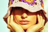 70er-Jahre-Mode: Bunter Bucket Hat