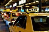Geburt: Taxi