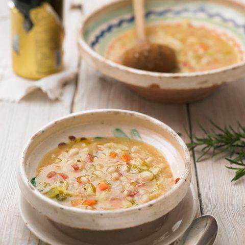 Bohnensuppe: Weiße Bohnensuppe