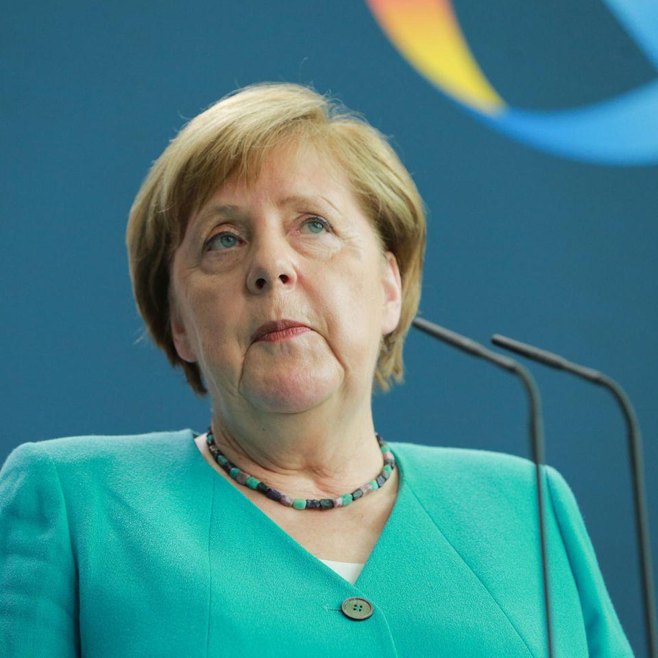 Angela Merkel: So reagiert die Kanzlerin auf ein klingelndes Handy