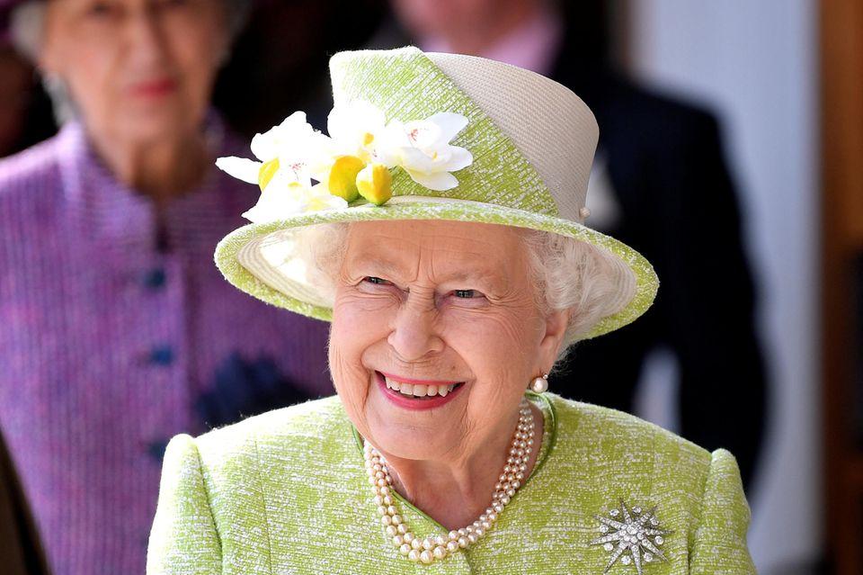 Palast bestätigt: Queen Elizabeth zieht um