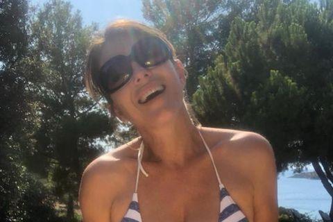 Stars im Bikini: Elizabeth Hurley