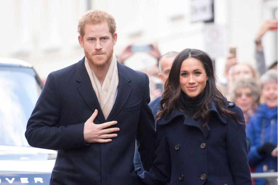 """Royals: Herzogin Meghan + Prinz Harry scheinen """"das Schlimmste ineinander hervorzubringen"""""""