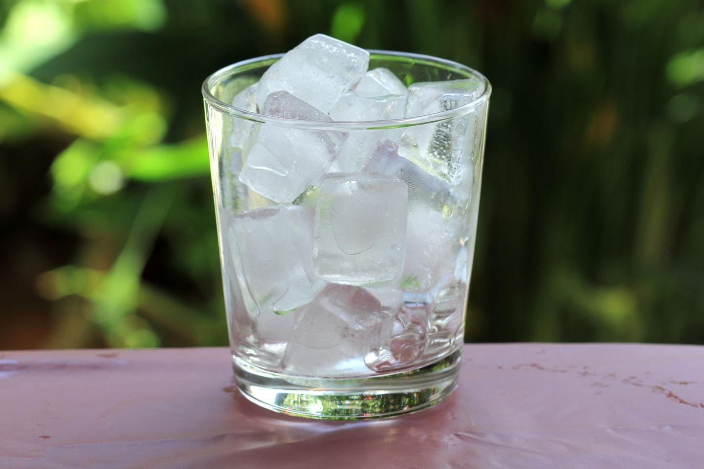 Eiswürfel in 30 Minuten: So funktioniert's
