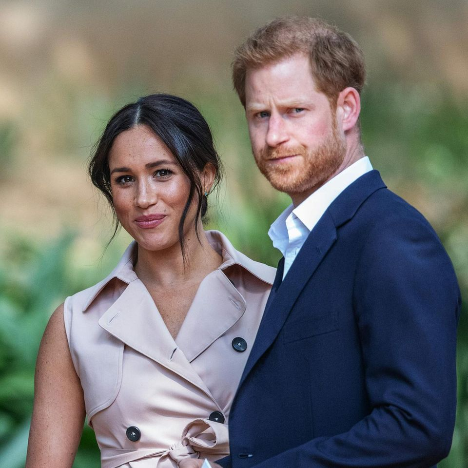 Herzogin Meghan + Prinz Harry: Briten erzürnt über Enthüllungsbuch