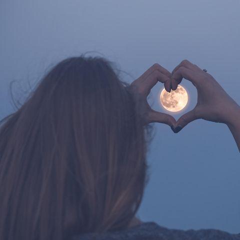 3 Sternzeichen, die ein tolles Liebes-Wochenende erleben