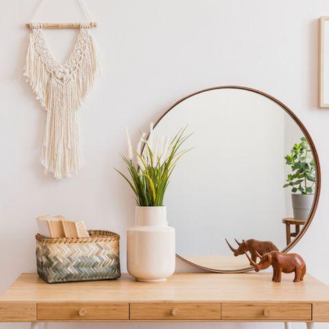 DIY-Wanddeko im Boho-Stil - Anleitung in 6 Schritten: Wandbehang über einer Couch