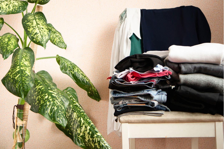 Getragene Kleidung aufbewahren -12 smarte Ideen