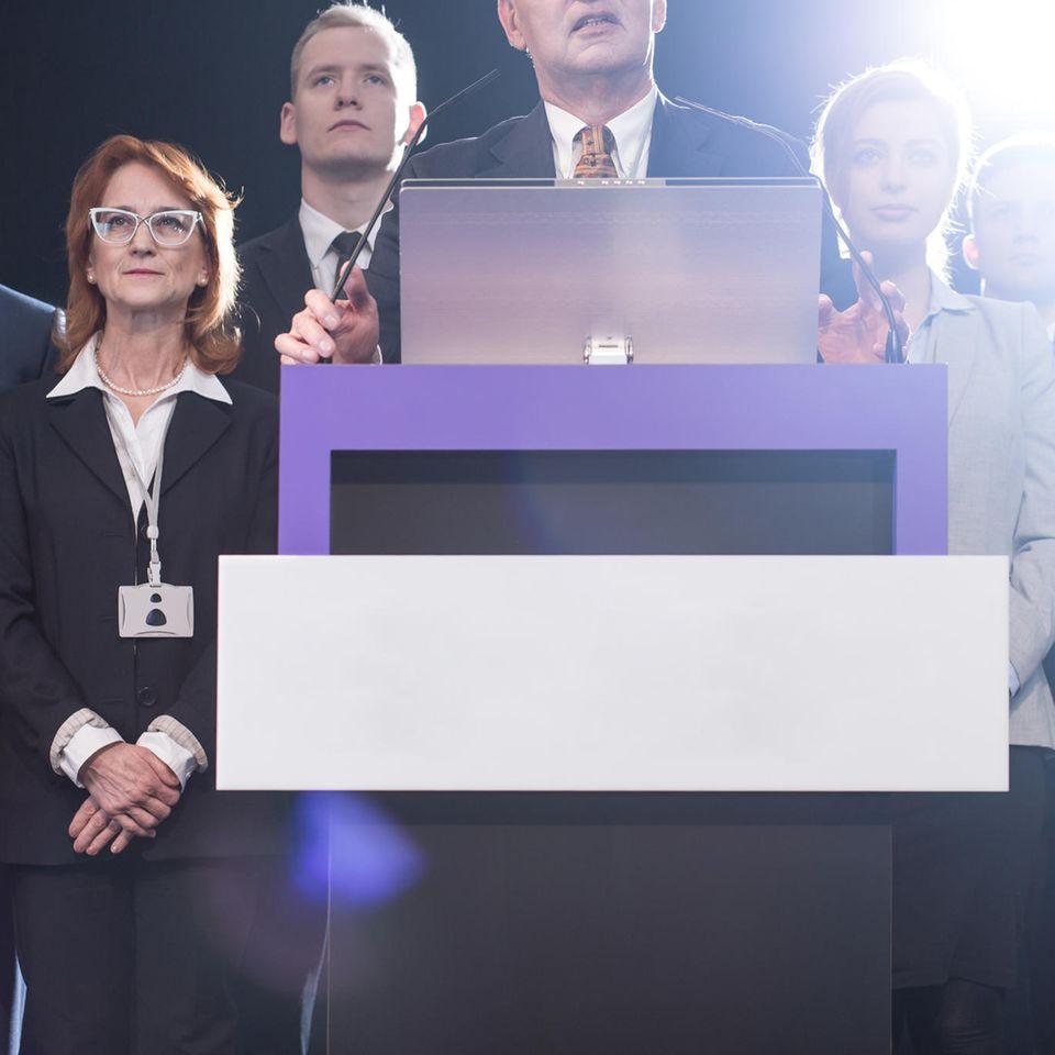 Ricarda Lang und Christa Nickels über Sexismus in der Politik: Politiker auf Podest