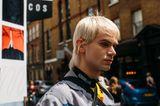 Männerfrisuren: Mann mit blonden Haaren