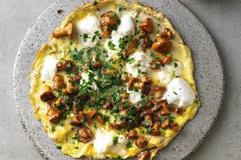 Omelett mit Pfifferlingen und Mozzarella