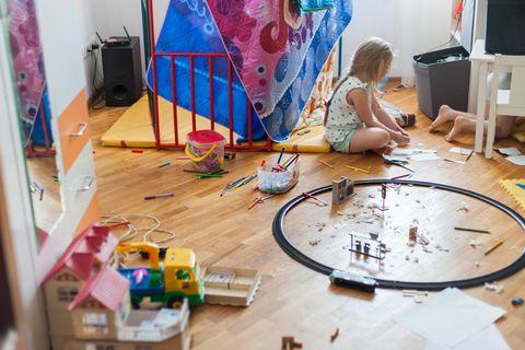 Sham Perfect: unordentliches Kinderzimmer