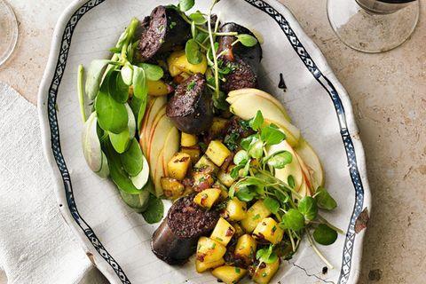 Boudin Noir mit Bratkartoffelsalat