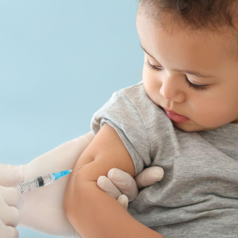Grippeimpfung: Kind wird geimpft