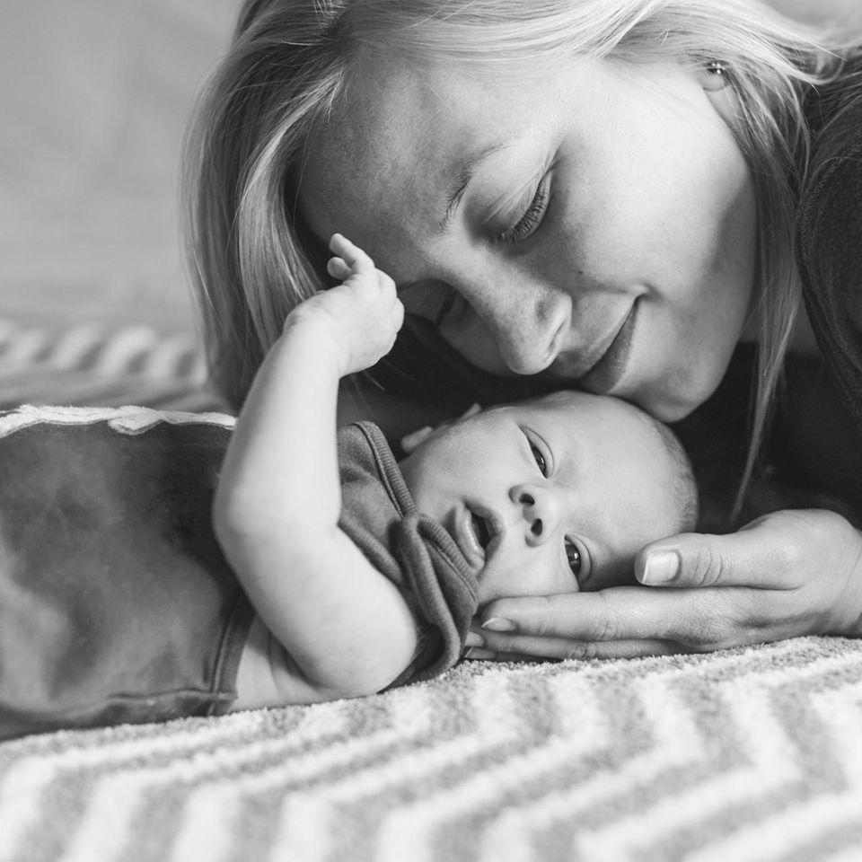 Tipps zur Geburt: Mutter mit Baby