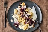 Gnocchi mit Käsesoße und Radicchio