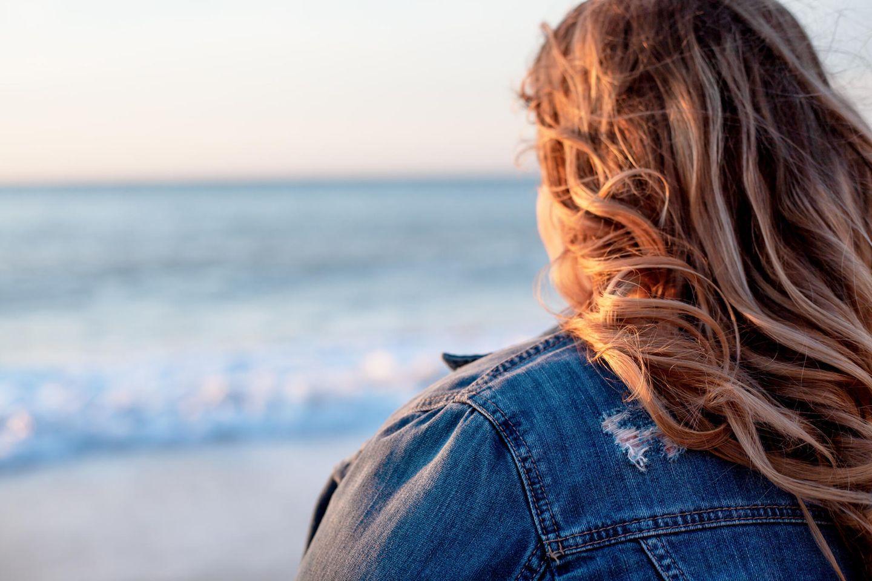 Fettleibigkeit: Frau am Strand