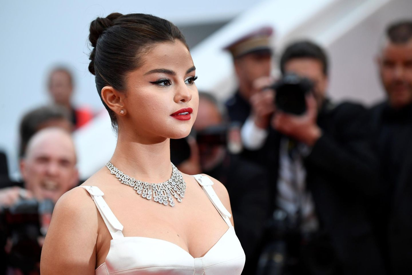 Pin-up-Make-up: Selena Gomez auf den Filmfestspielen in Cannes