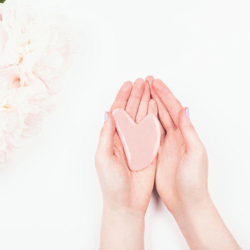 Gua Sha – das steckt hinter dem Skincare-Trend