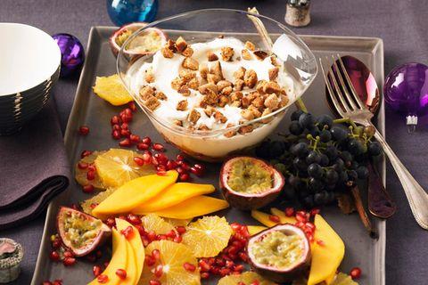 Weihnachtsdesserts: Quarkcreme mit Obstalat
