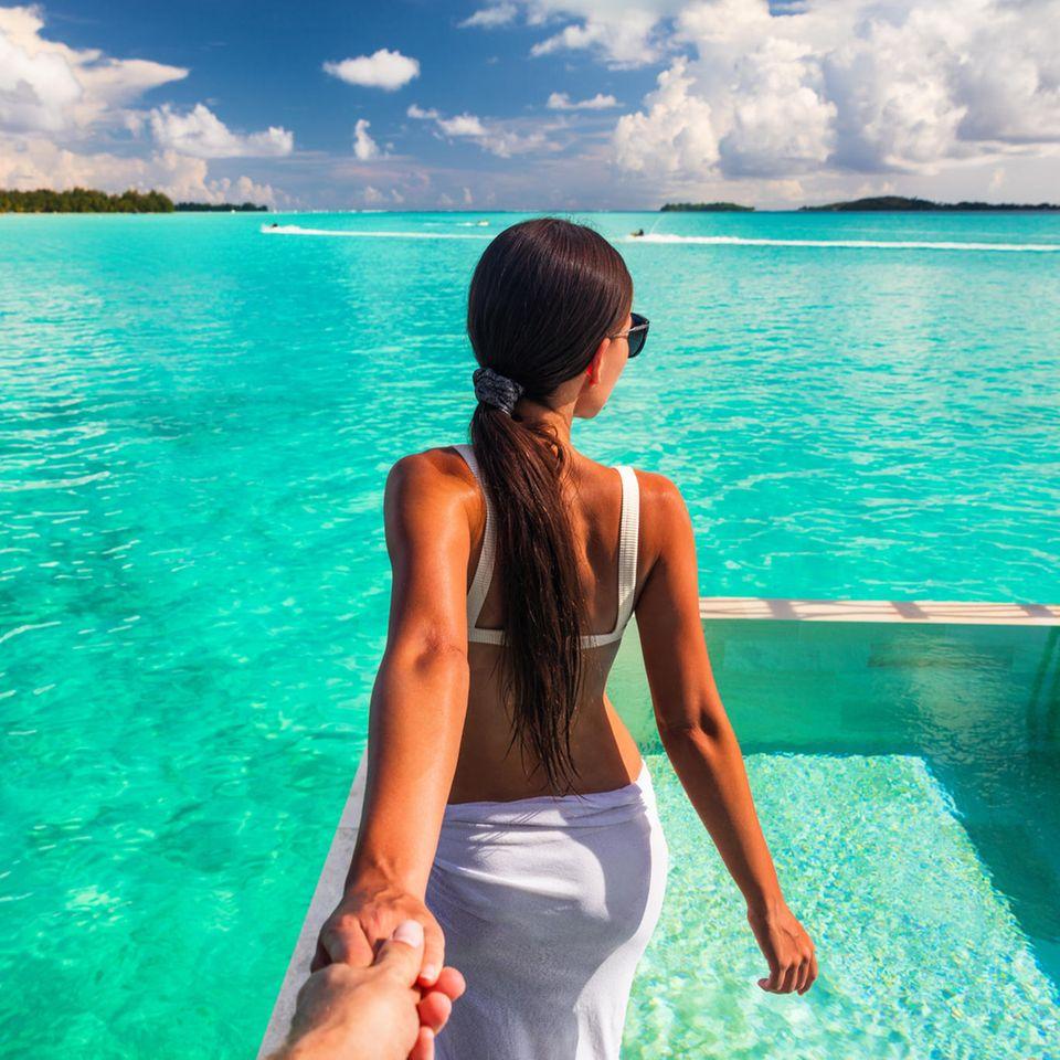 Instagram: Frau posiert am Meer