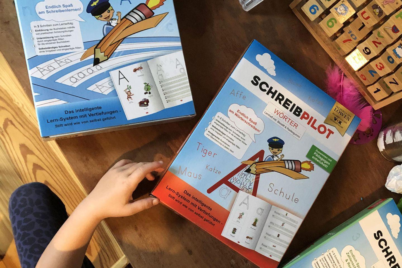 """Schreibpilot in """"Die Höhle der Löwen"""": Kind testet"""