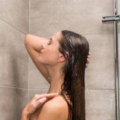 Achtsamkeitsübung unter der Dusche