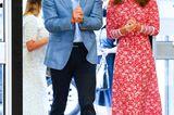 Herzogin Kate: mit Prinz William im roten Kleid