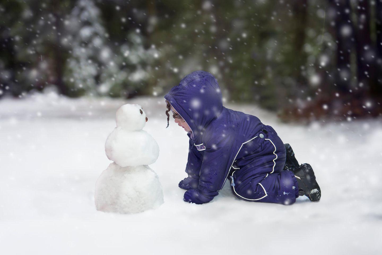 Schneenanzug an - ich muss mal - Schneeanzug aus : Kind im Schneeanzug