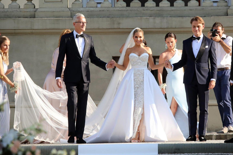 Brautkleider der Stars: So schön heirateten die Promis!  BRIGITTE.de