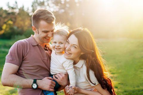 Eltern Life Hacks: glückliche Familie