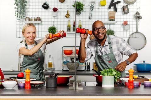 """Janin Ullmann bei """"Ich koch was, was du nicht siehst"""""""