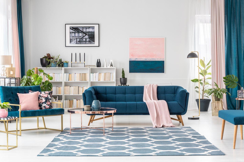 Wohntrend: Wohnzimmer mit Metallic-Elementen