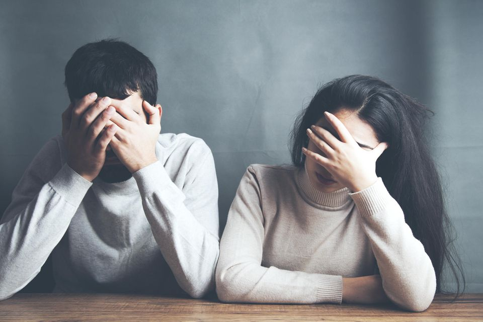Unerfüllter Kinderwunsch: Trauriges Paar