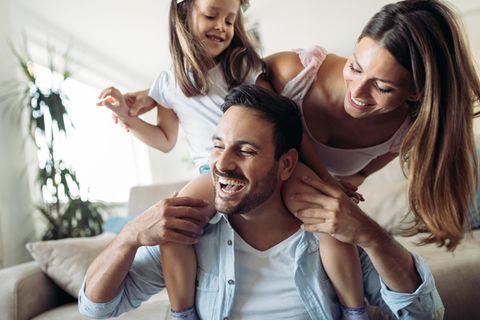 Erziehung: Glückliche Familie