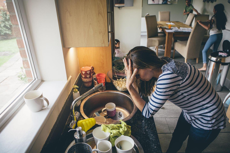 Entspanntes Familienleben: Gestresste Mutter