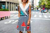 Streetstyle Fashionweek: Maritimes Kleid mit Streifen