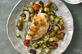 Hähnchenfilet mit Kräuterkruste und Ofengemüse