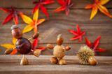 Herbstbasteln mit Kindern: Kastanienfiguren