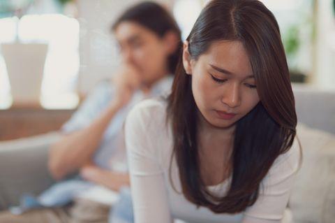 Beziehung: Traurige Frau