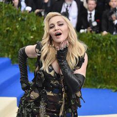Vorher-Nachher: Madonna mit blonden Haaren