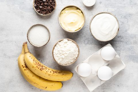 Bananen verwerten: Zutaten für ein Bananenbrot