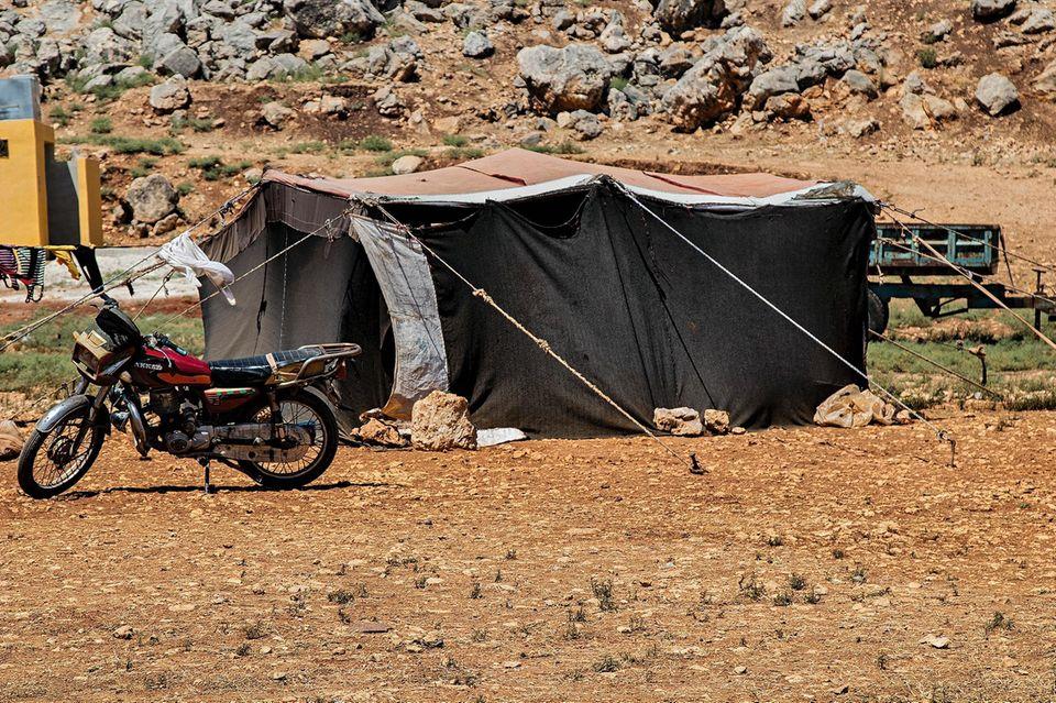 Ein Schal fürs Leben: Zelt