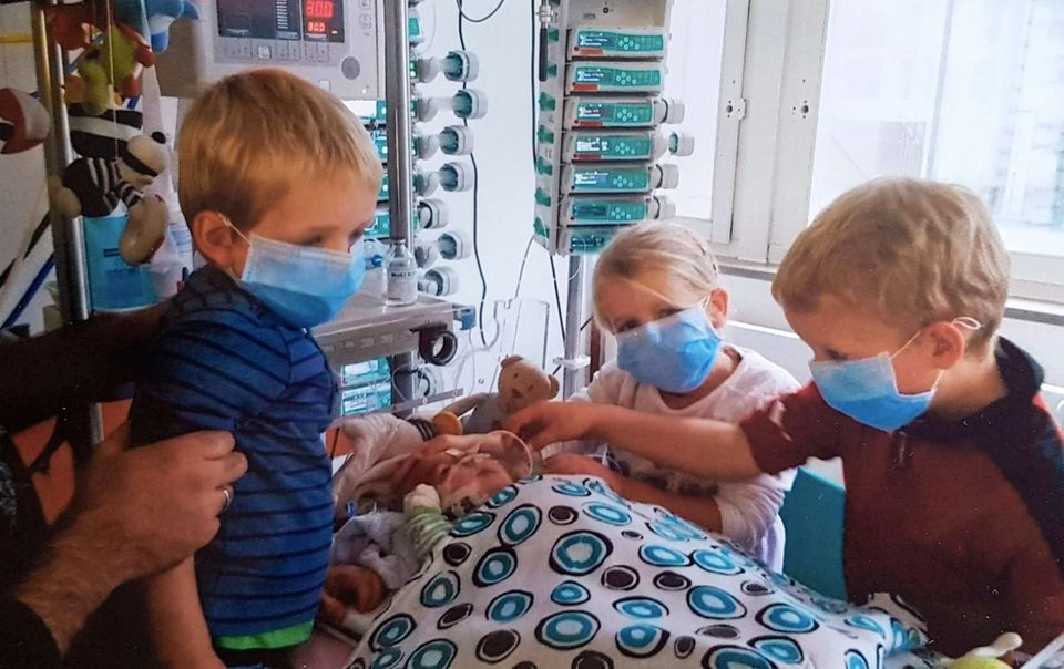 Organspende: Eddas Kinder am Bett von Kalle