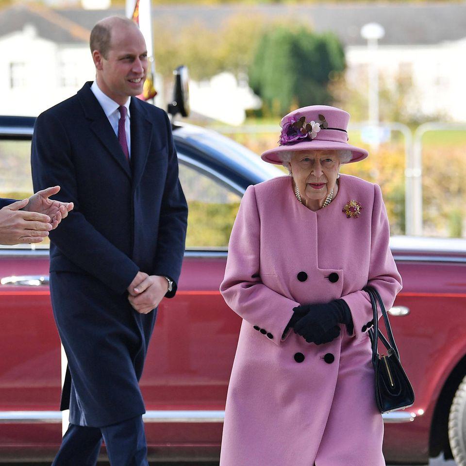 Prinz William und die Queen
