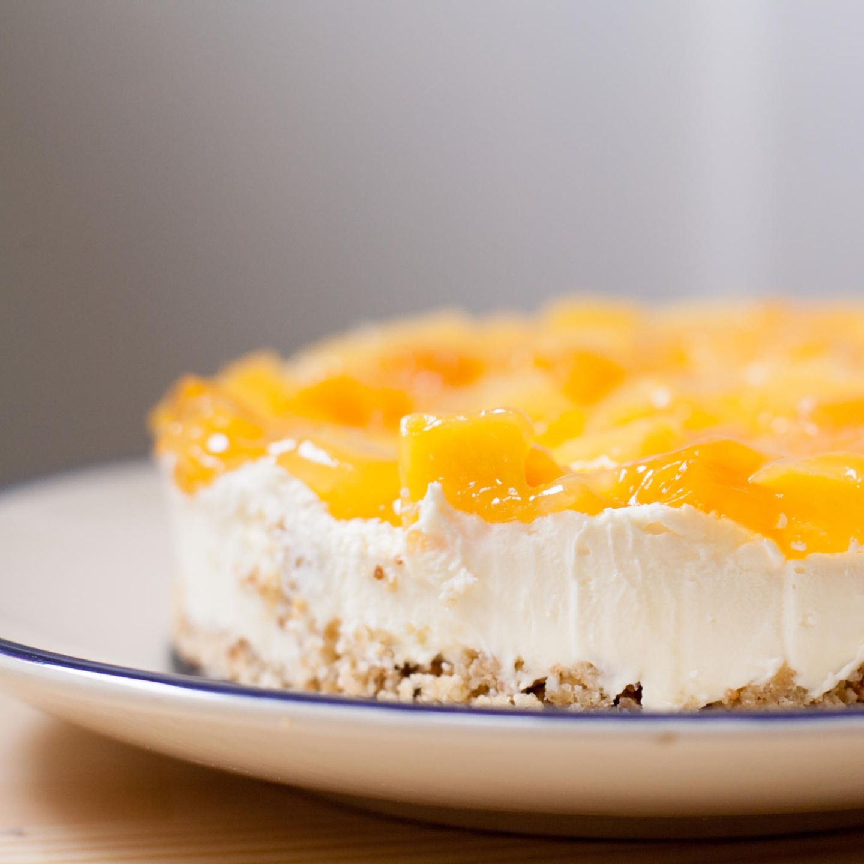 Torte auf Teller