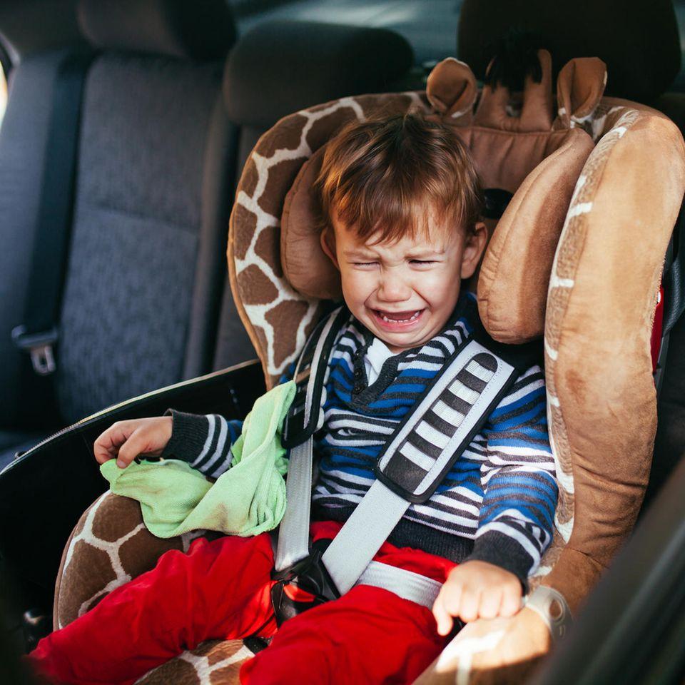 Reisekrankes Kind? Das könnte der wahre Grund sein.