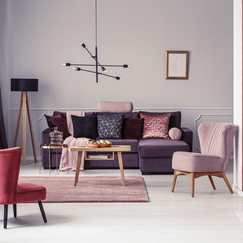 Blush-Wohntrend: Wohnzimmer mit rosa Möbeln