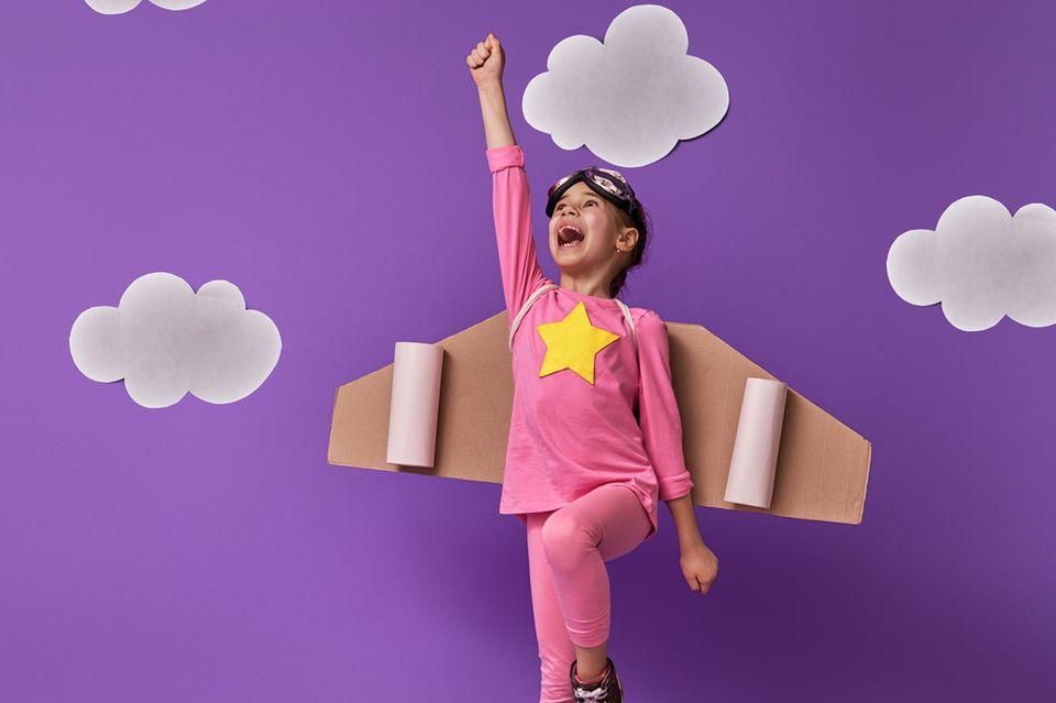 Toniebox einrichten: Startklar in wenigen Minuten, Kind, Karton, Flieger